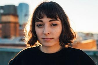 Stella Donnelly wins the 2017 Unearthed J Award!